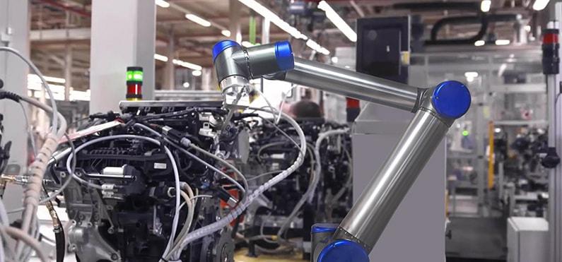 汽车及配件组装协作机器人